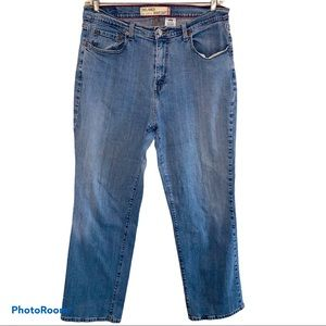 Levi's 550 Relaxed Fit Bootcut Jeans Size 18
